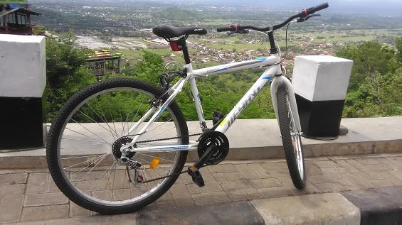 Sepeda Rocky